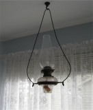 Early hanging oil lamp (not converted)
