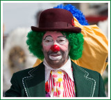 2009: Here come the Clowns of the St, Patrick's Day Parade