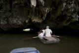 tam coc caves