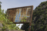 tam coc caves, funny sign