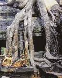 performers at Angkor Wat