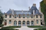 Paris. Hotel de Sully