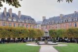 Paris. Place des Vosges