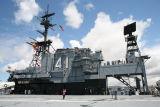 2006-5-22 USS CV-41 Midway Museum