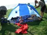Still fixing the tent !