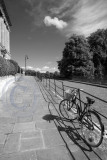 2311-Royal Crescent: chained bike