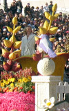Cynthia Nixon on the Breast Cancer Awareness float