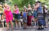 Troika folk dancers