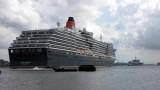 Queen Victoria / USS Mount Whitney