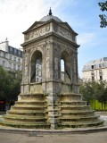 Paris Fontaine des Innocents