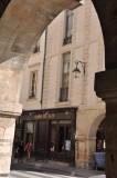5414  Place des Vosges