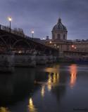 2.PARIS.Pont des Arts .Institut de France