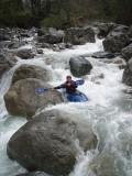 Andrea Sciaccaluga tra il caos di rocce.JPG