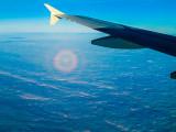 Halo autour de l'ombre de l'avion