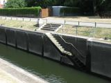 Steps out of main lock.