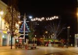 Nadolig Llawen - Queen Street