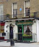 221b Baker Street... Sherlock Holmes