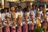 015 - Ceremony, Swedagon pagoda