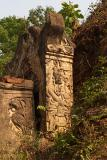 043 - Details of a crumbling Shan stupa