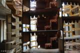 la scala della Torre di Babele come una scenografia teatrale