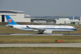 China Southern Airbus A330-300 F-WWKT /  B-6500