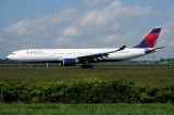Delta  Airbus A330-300  N807NW