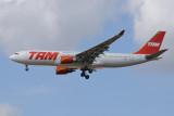 TAM Airbus A330-200 PT-MVK