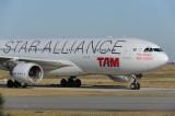 TAM Airbus A330-200 PT-MVM Star Alliance