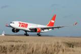TAM  Airbus A330-200 PT-MVG