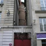 Wall & tower outside Credit Municipal