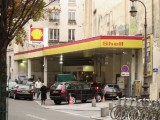 Shell Station in the Middle of Paris