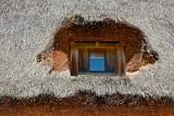 Straw window roof