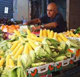 P7161614_corn seller2.jpg