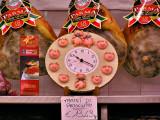mod - P4300006 pig clock.jpg