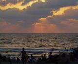P8091649_beach silhouettes.jpg