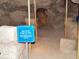 P9261941_herodion tunnels bar koch.jpg