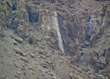 P2110106_waterfall800.jpg
