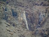 P2110108_waterfall800.jpg
