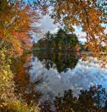 Autumn colors on Tilinghast pond