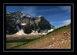 Hikers in Valley of the Ten Peaks