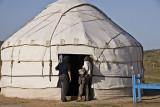 Yengui Gazgen - Yurt : first contact