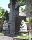 gateway.road.1396.jpg