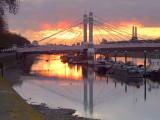 Albert Bridge in the dawn
