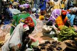 colourful market, mopti