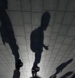 sombras sobre patines