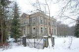 Chateau Po, abandoned...