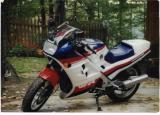 #6 1986 VFR700