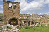 Dead cities from Hama april 2009 8673.jpg