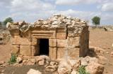 Dead cities from Hama april 2009 8725.jpg