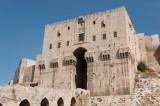Aleppo Citadel september 2010 9934.jpg